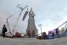 Opening ceremony of  Worker and Kolkhoz Woman  restored sculpture, 2010 (RT Photo / Irina Vasilevitskaya)