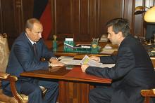 Mihkail Zurabov and Vladimir Putin (Photo from http://kremlin.ru)