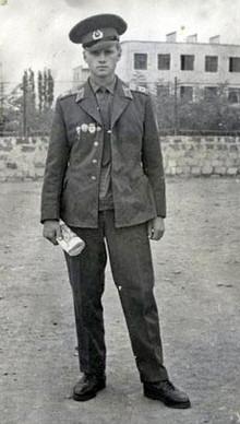 На службе в армии. г. Кировобад, лето 1972 года (Photo from http://mironov.ru/)