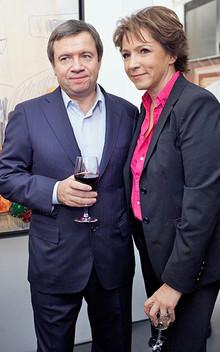 Valentin Yumashev and his wife, Tatyana, at the presentation of Nikolai Uskov's book  Seven Angels.  (RIA Novosti / Alexandra Maydaniuk)