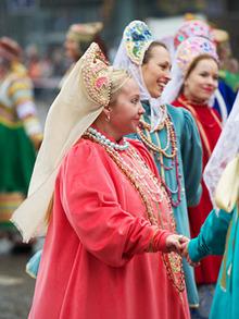 Participants wearing Russian national costumes (photo by Alexey Bondarenko)