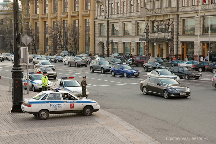 Victory Day parade training: Moscow police block city-center roads