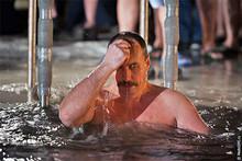 Крещение (Photo from http://ottenki-serogo.livejournal.com)