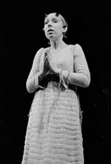 Сцена из спектакля «Гамлет». Фото из архива театра.