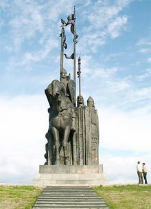Памятник Александру Невскому на горе Соколиха