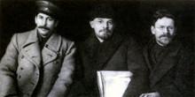 Сталин, Ленин и Калинин во время VIII съезда партии в марте 1919 года