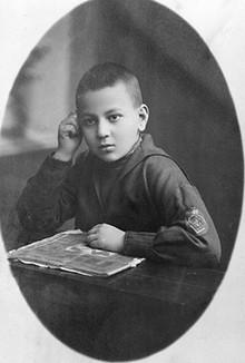 Mstislav Keldysh at the age of 9.